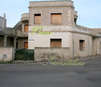 V418, Fabbricati Salento