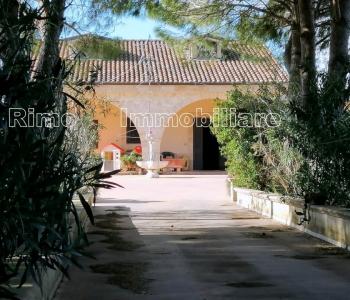 V658, Villa Galatina