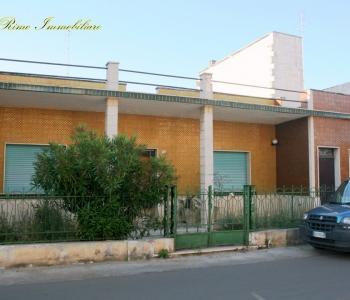 V349, Villetta Salento Racale